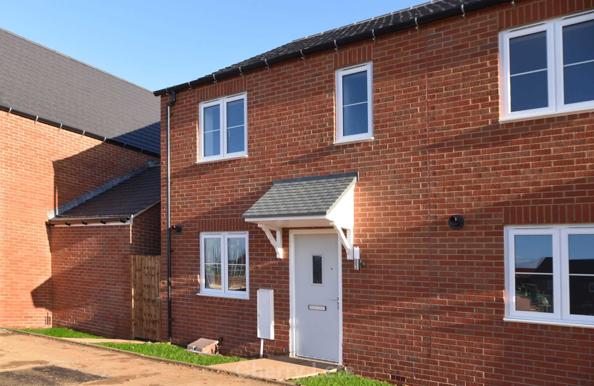 3 bed semi-detached house to rent in Songthrush Road, Longford Park, Banbury  - Property Image 1