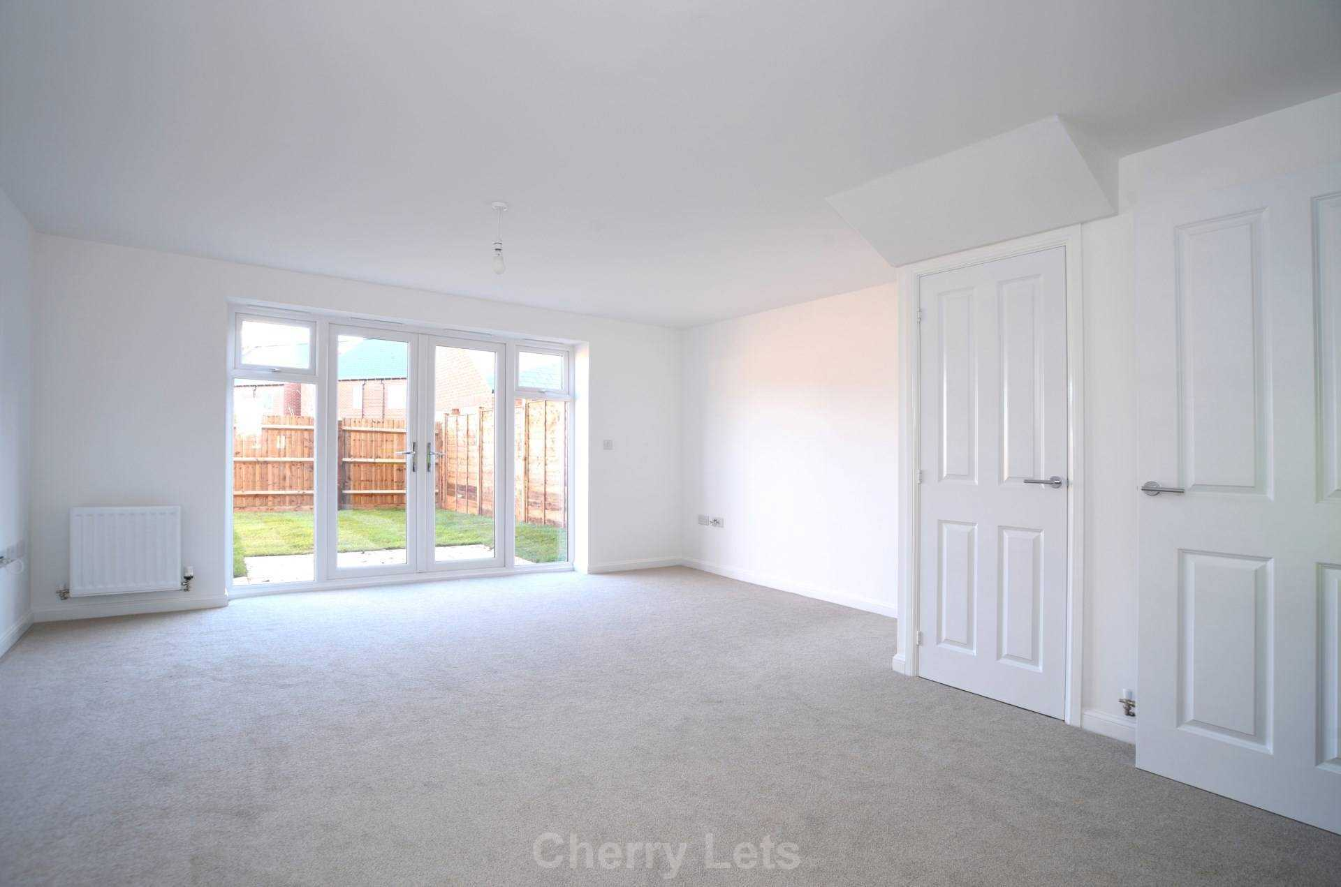 3 bed semi-detached house to rent in Songthrush Road, Longford Park, Banbury 2