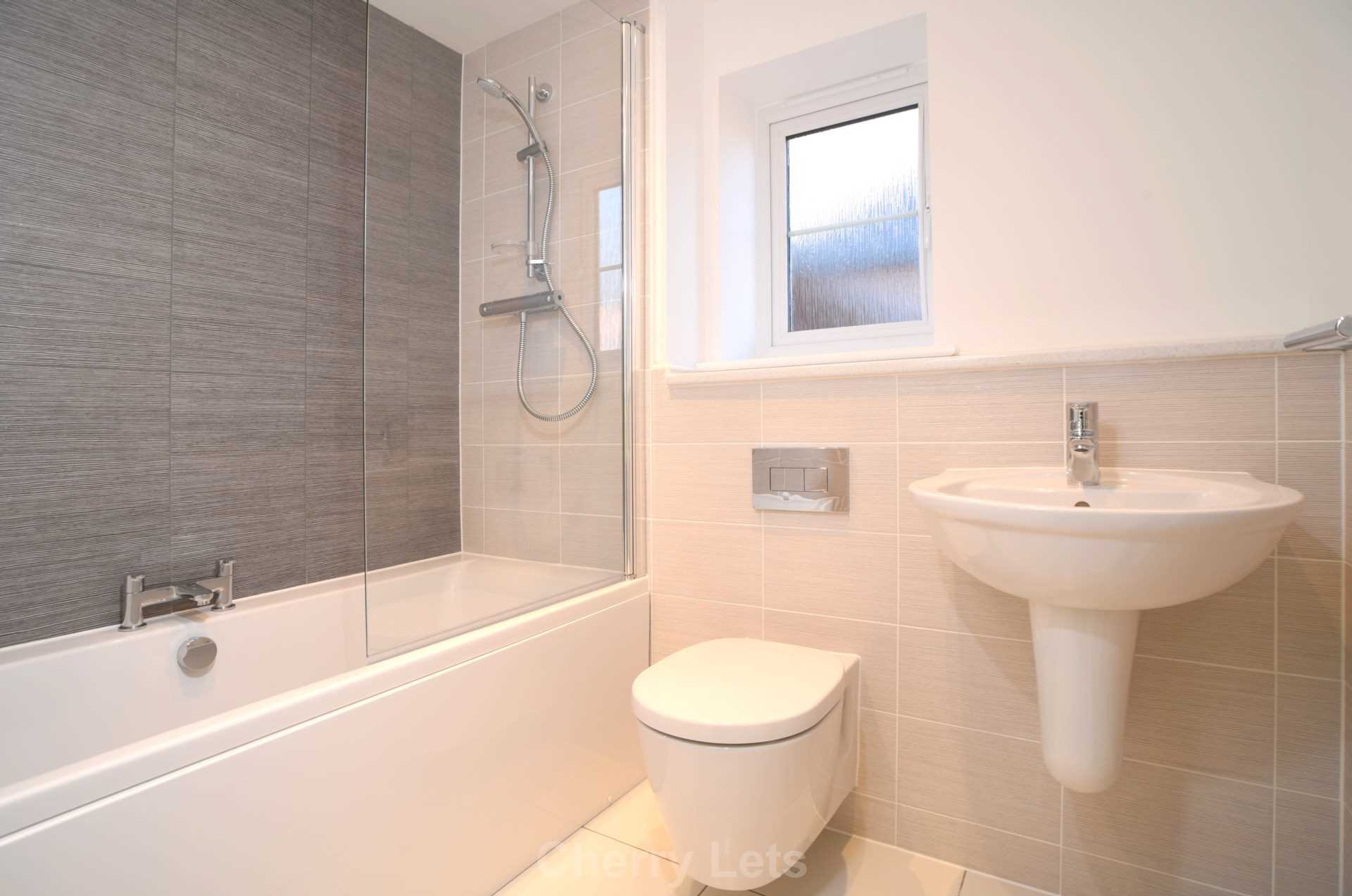3 bed semi-detached house to rent in Songthrush Road, Longford Park, Banbury 6