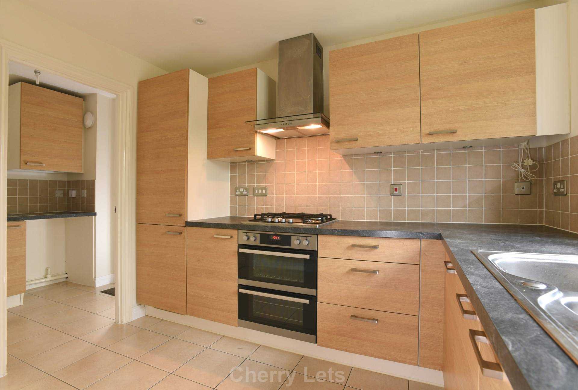 3 bed terraced house to rent in Aldous Drive, Bloxham, Banbury 1