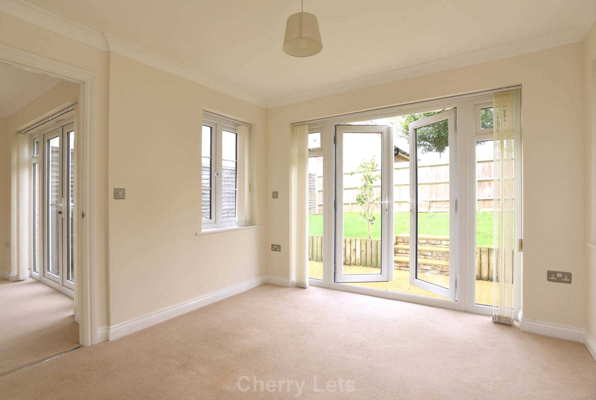 3 bed terraced house to rent in Aldous Drive, Bloxham, Banbury 3