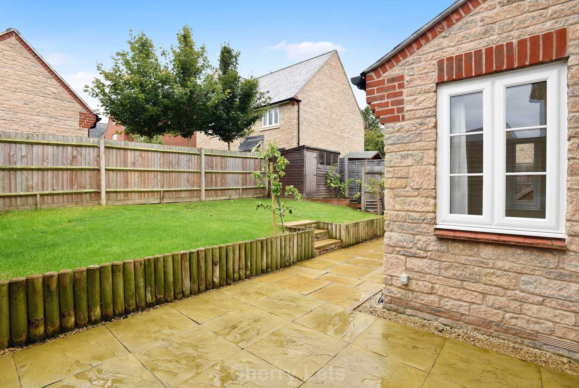 3 bed terraced house to rent in Aldous Drive, Bloxham, Banbury  - Property Image 14