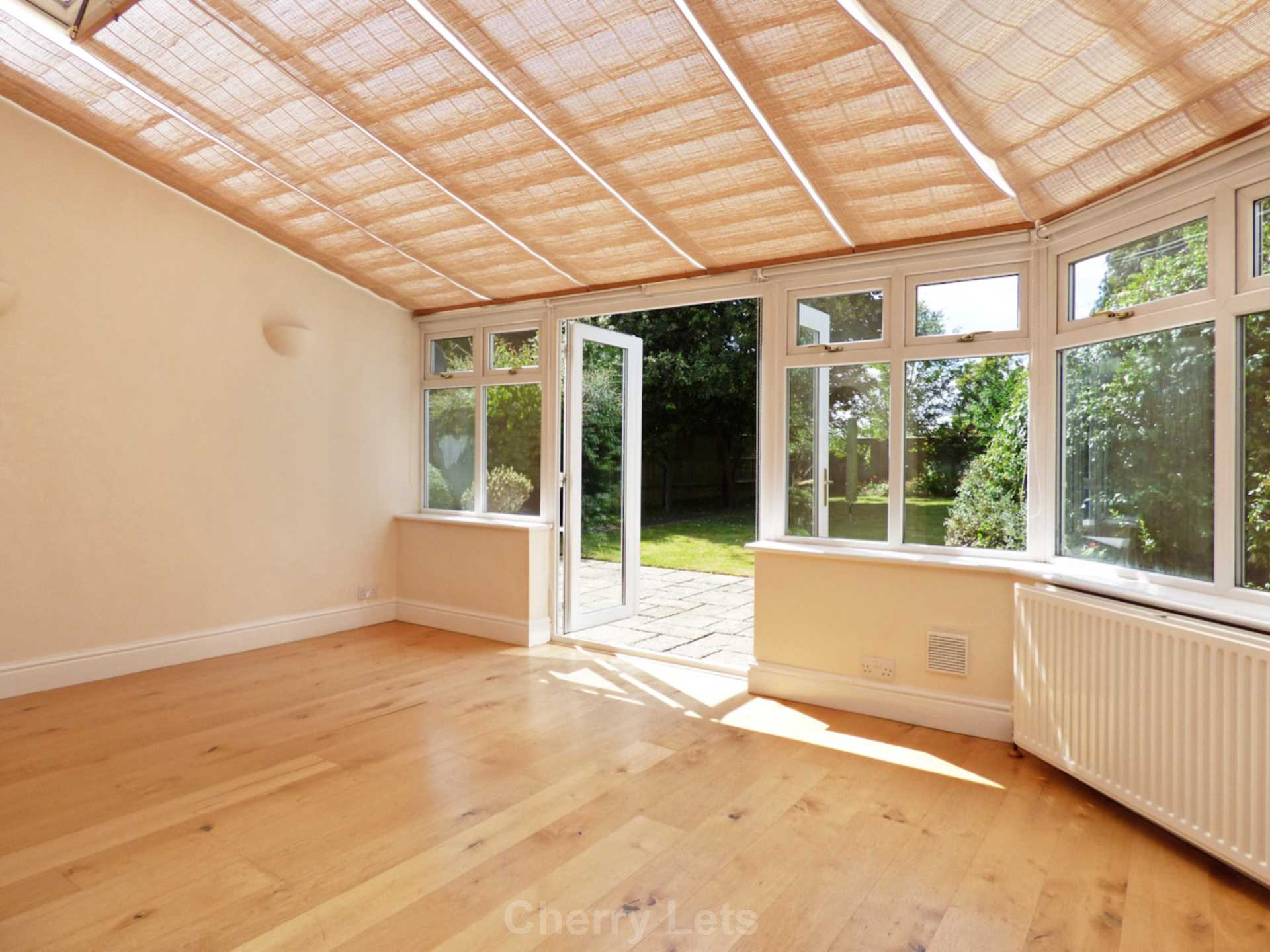 3 bed semi-detached house to rent in Oxford Road, Banbury  - Property Image 9
