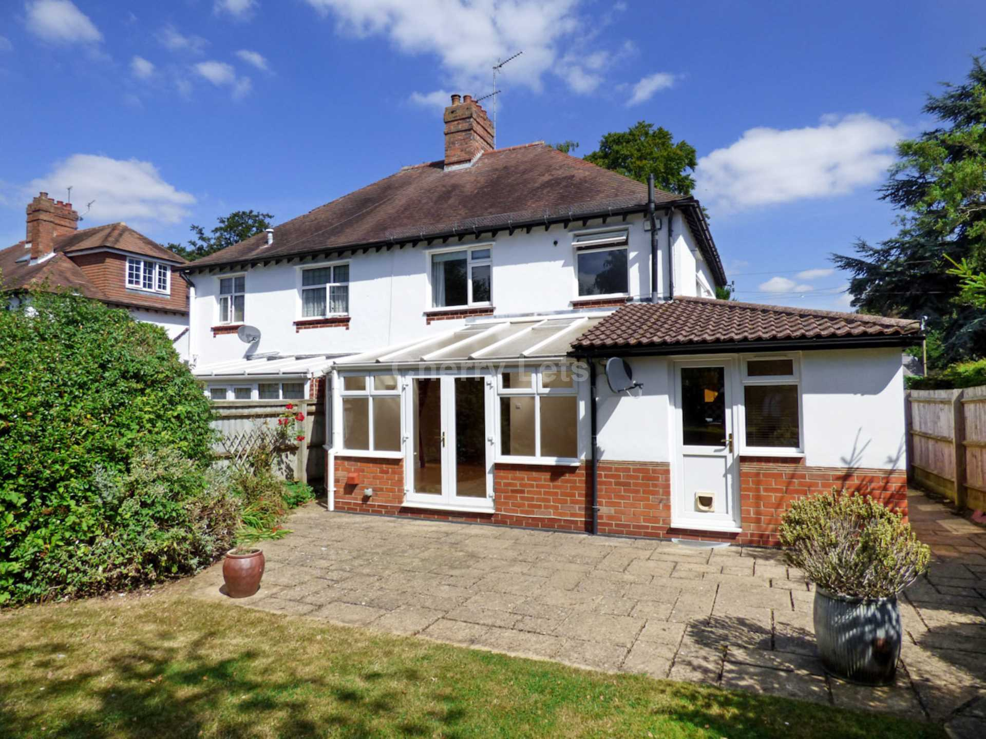 3 bed semi-detached house to rent in Oxford Road, Banbury  - Property Image 12