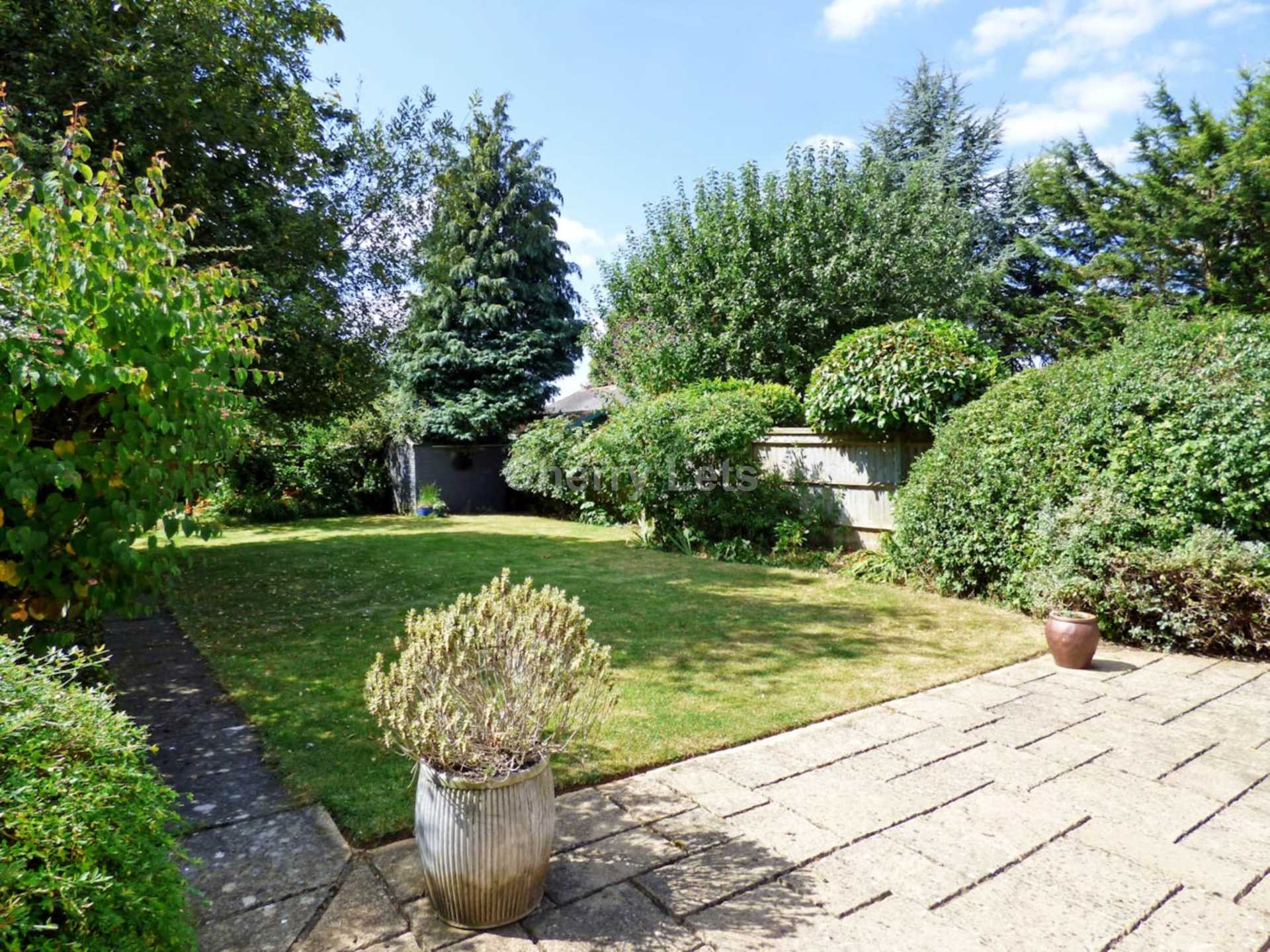 3 bed semi-detached house to rent in Oxford Road, Banbury  - Property Image 16
