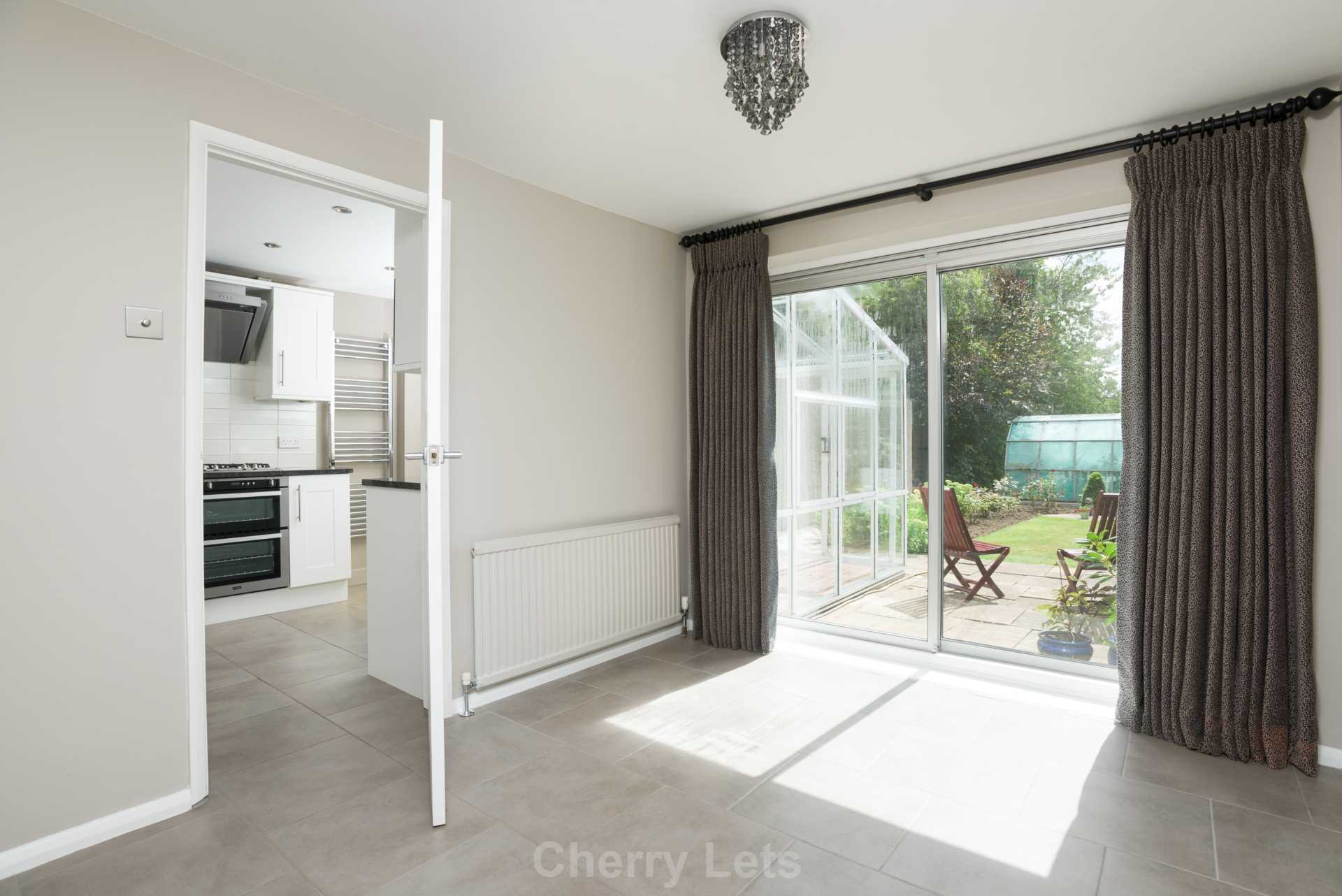 3 bed semi-detached house to rent in Springfield Road, Kidlington, OX5  - Property Image 3