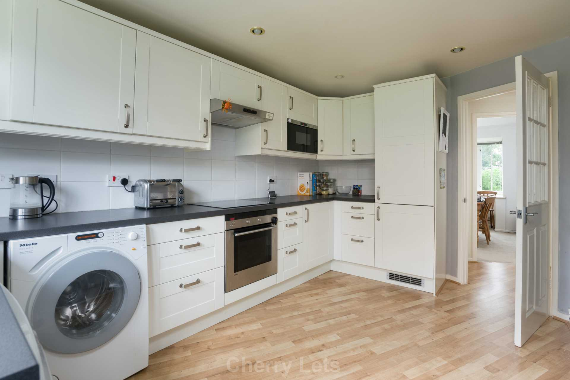 4 bed detached house to rent in Humphries Drive, Brackley, NN13  - Property Image 4