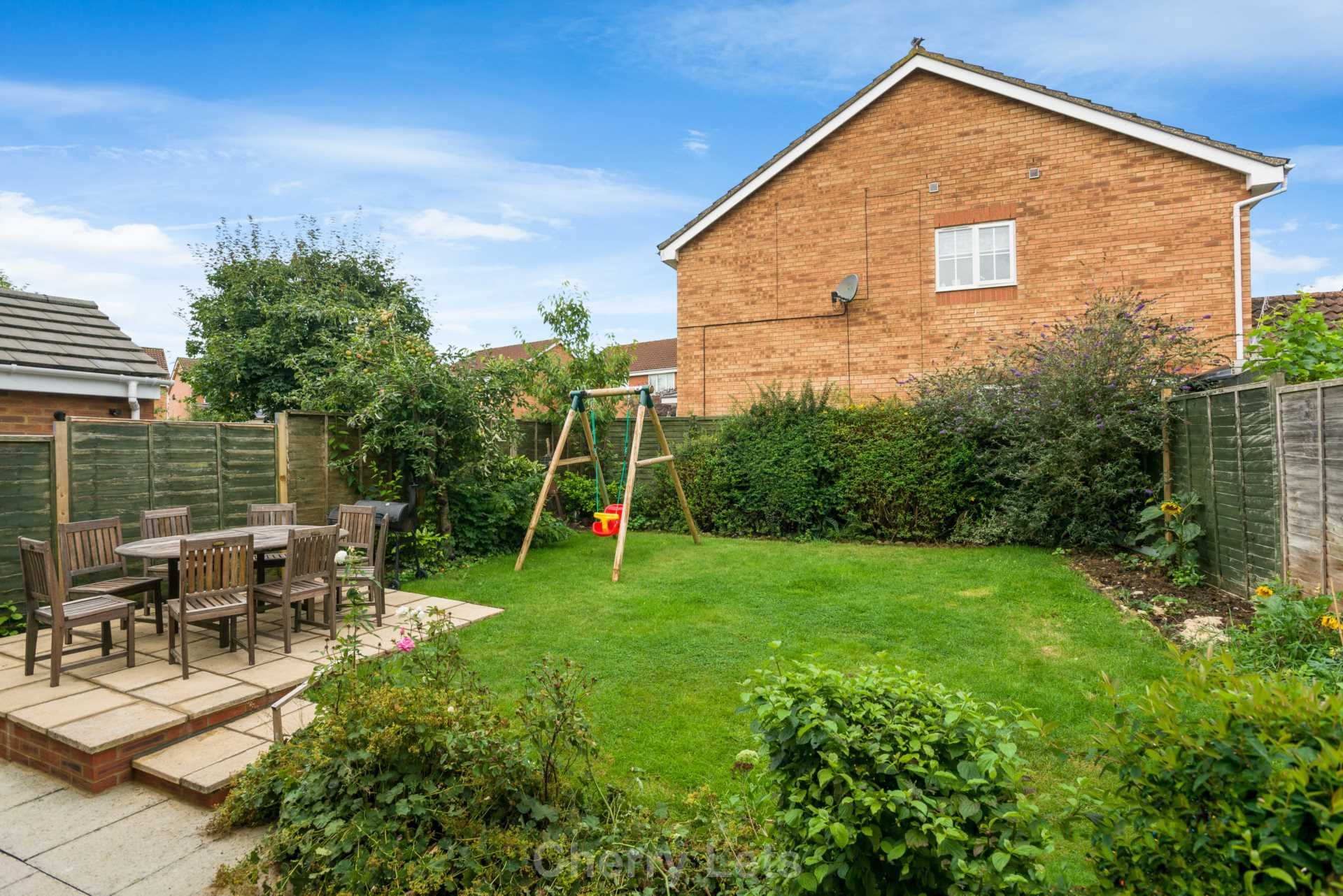 4 bed detached house to rent in Humphries Drive, Brackley, NN13 12
