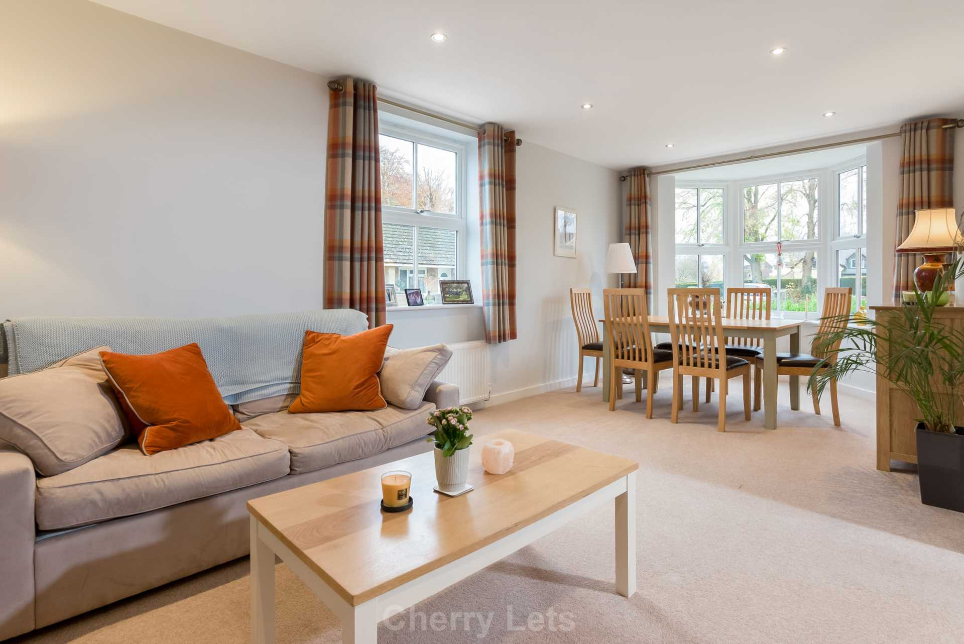 2 bed apartment to rent in Astrop Grange, Kings Sutton, OX17 - Property Image 1