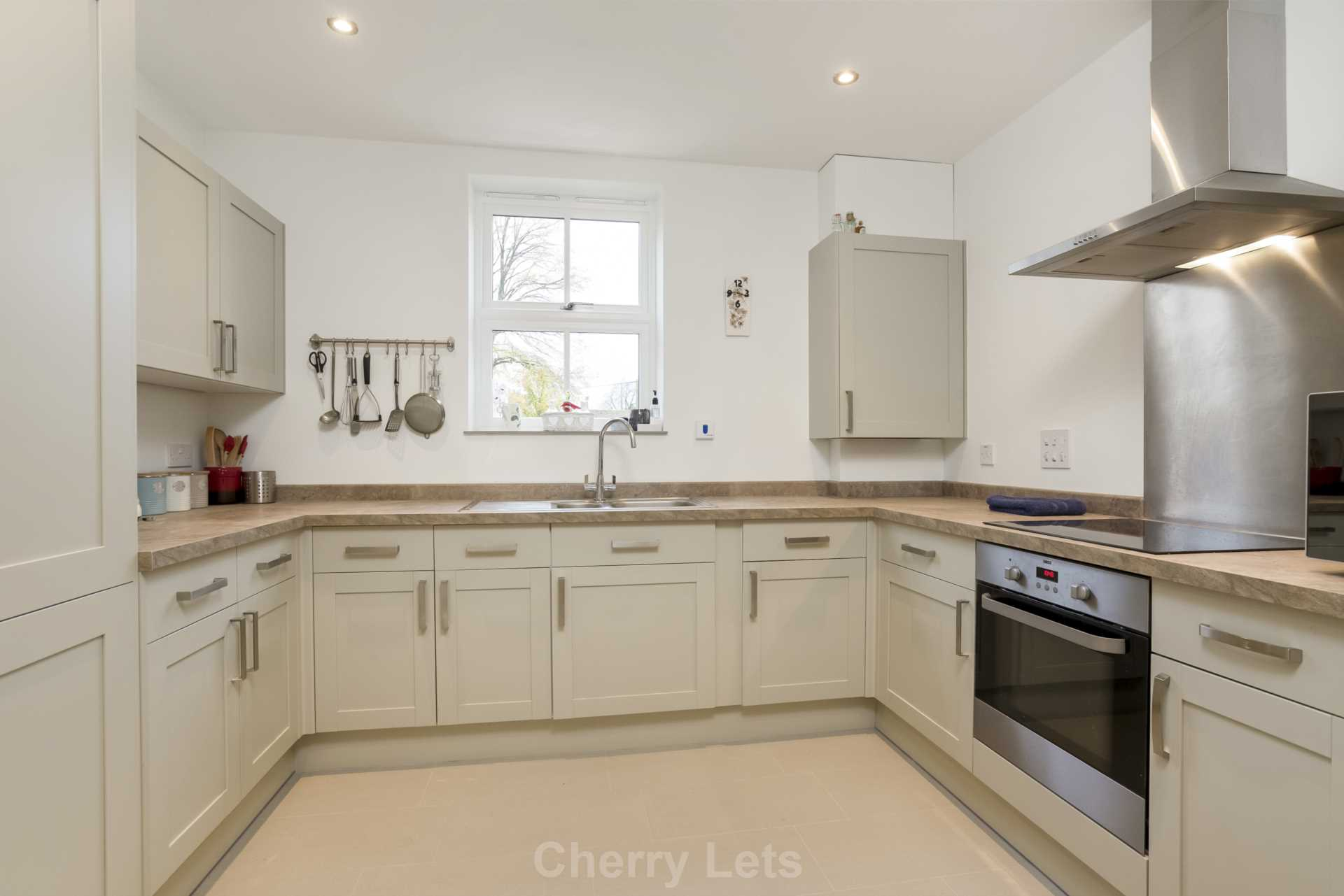 2 bed apartment to rent in Astrop Grange, Kings Sutton, OX17 2
