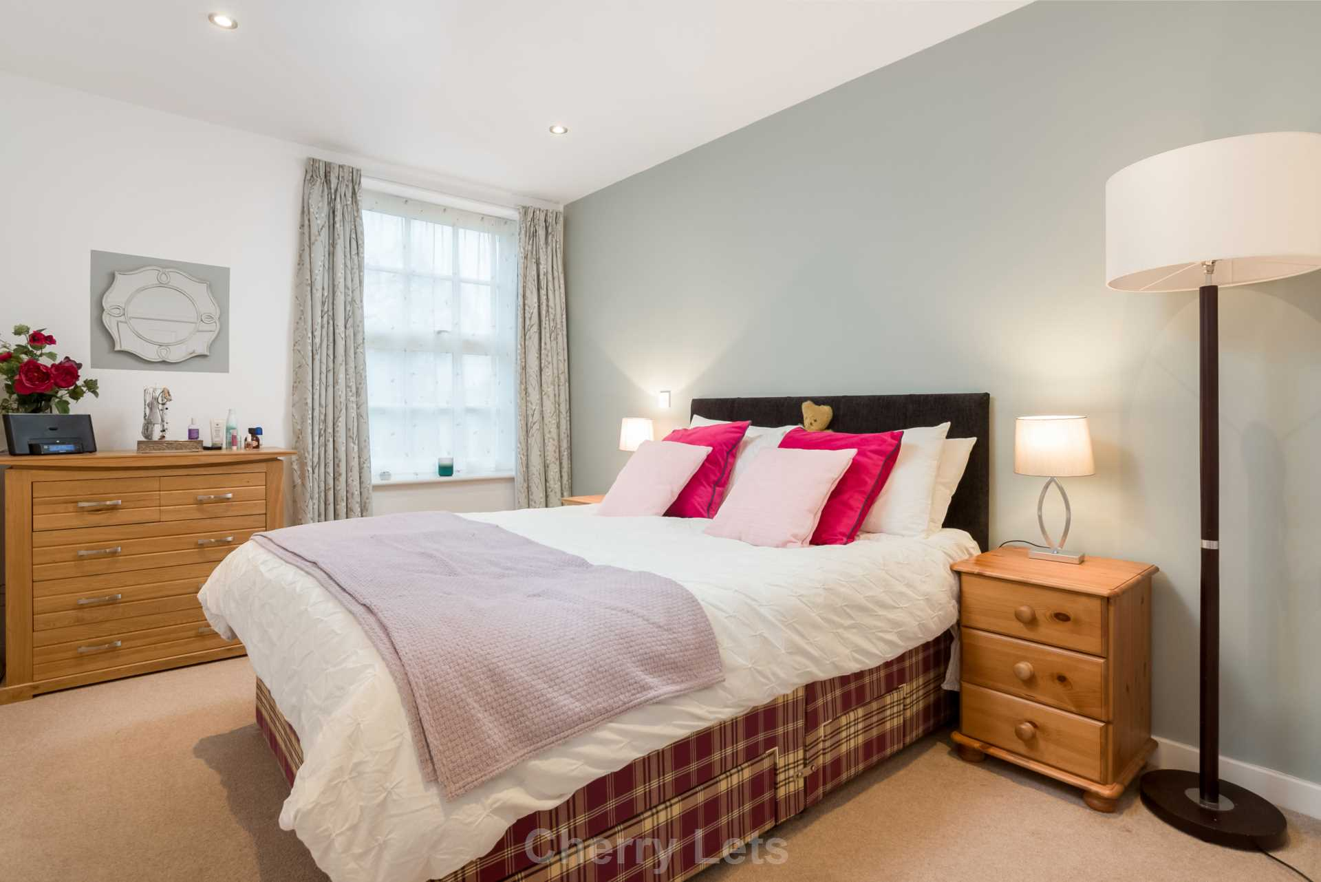 2 bed apartment to rent in Astrop Grange, Kings Sutton, OX17 5