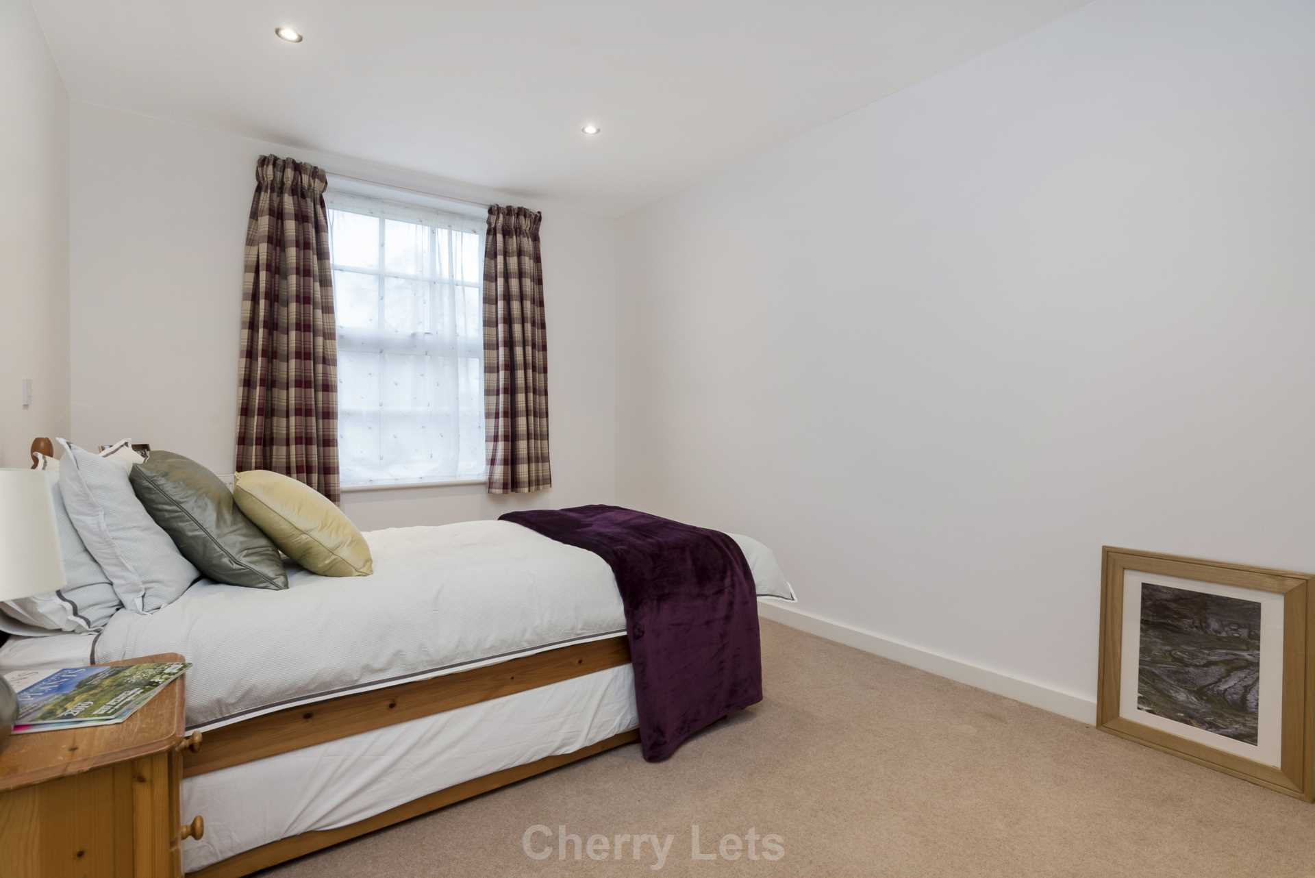2 bed apartment to rent in Astrop Grange, Kings Sutton, OX17 8