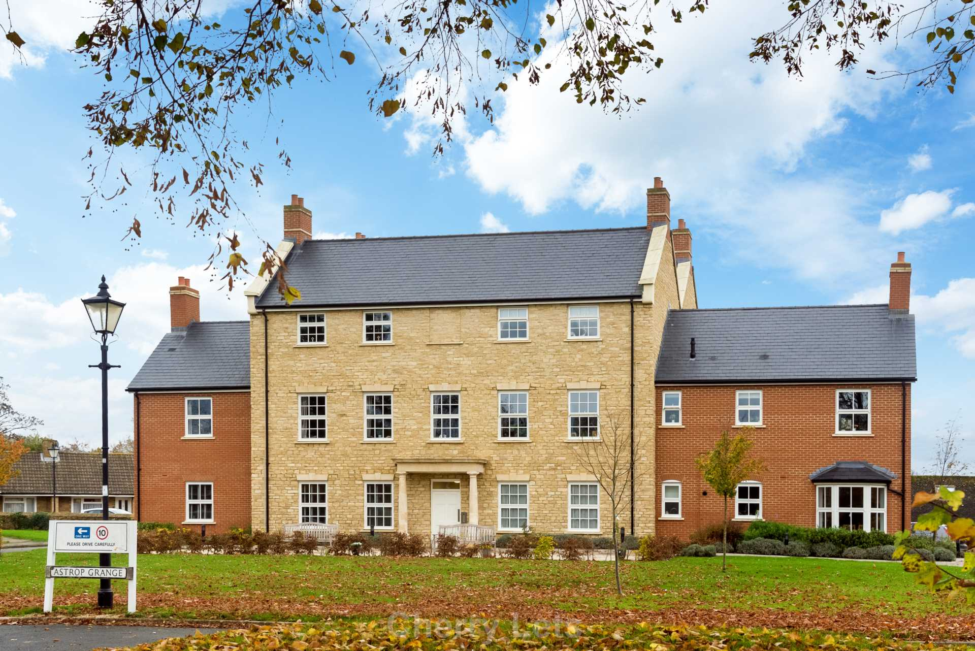 2 bed apartment to rent in Astrop Grange, Kings Sutton, OX17 12