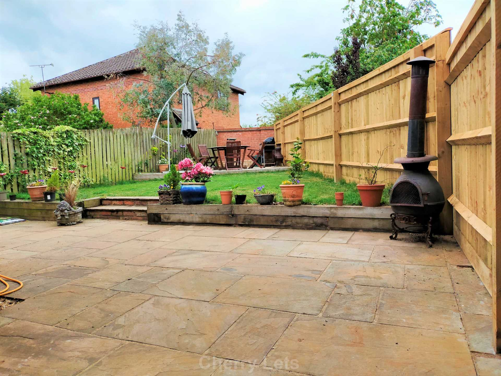 3 bed detached house to rent in Mill Close, Deddington, OX15 12