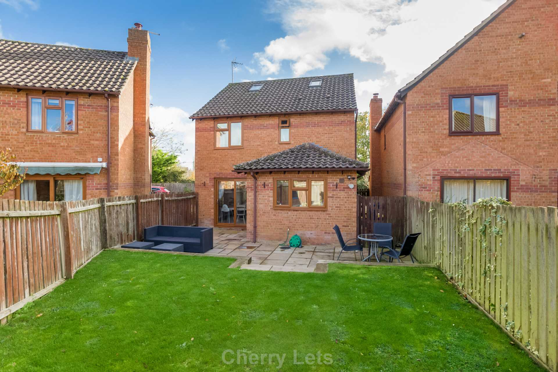 3 bed detached house to rent in Mill Close, Deddington, OX15 15