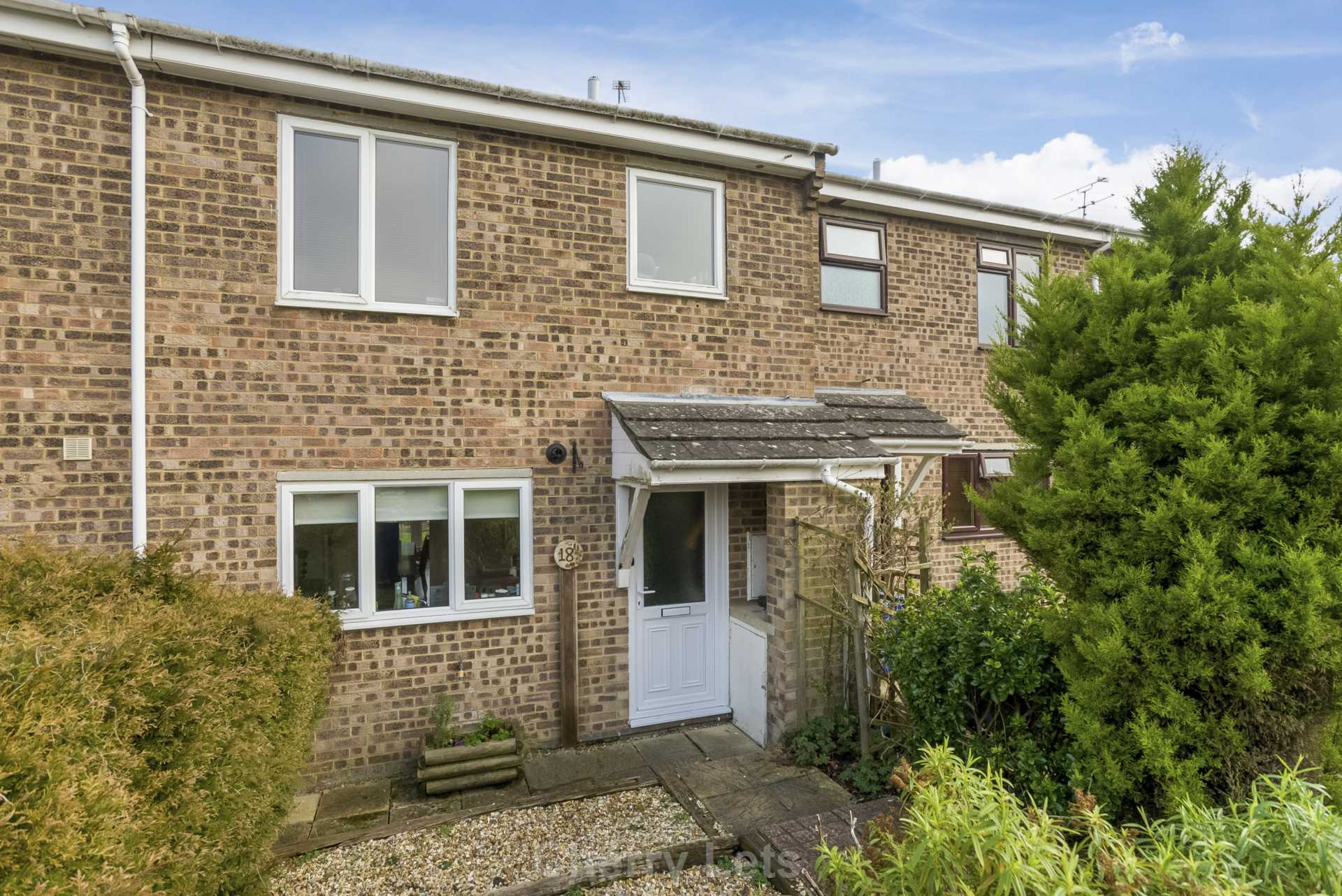 3 bed terraced house to rent in Crouch Hill Road, Banbury, OX16