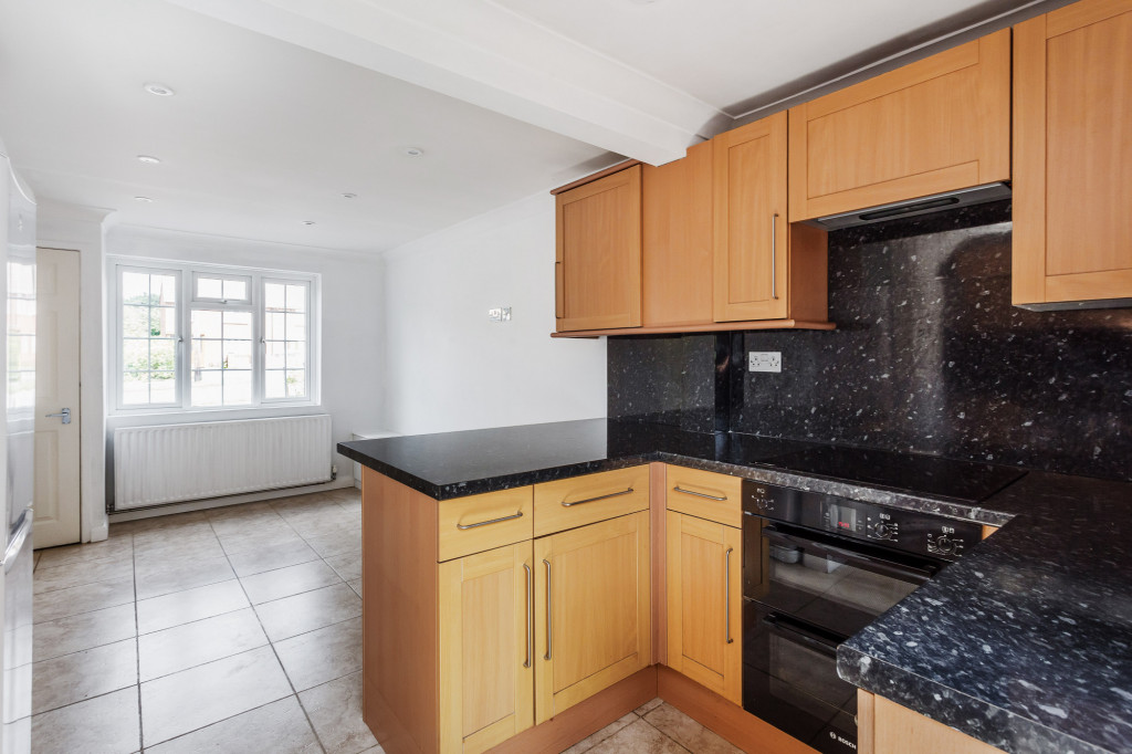 3 bed terraced house to rent in  Sullington Mead,  Horsham, RH12 1