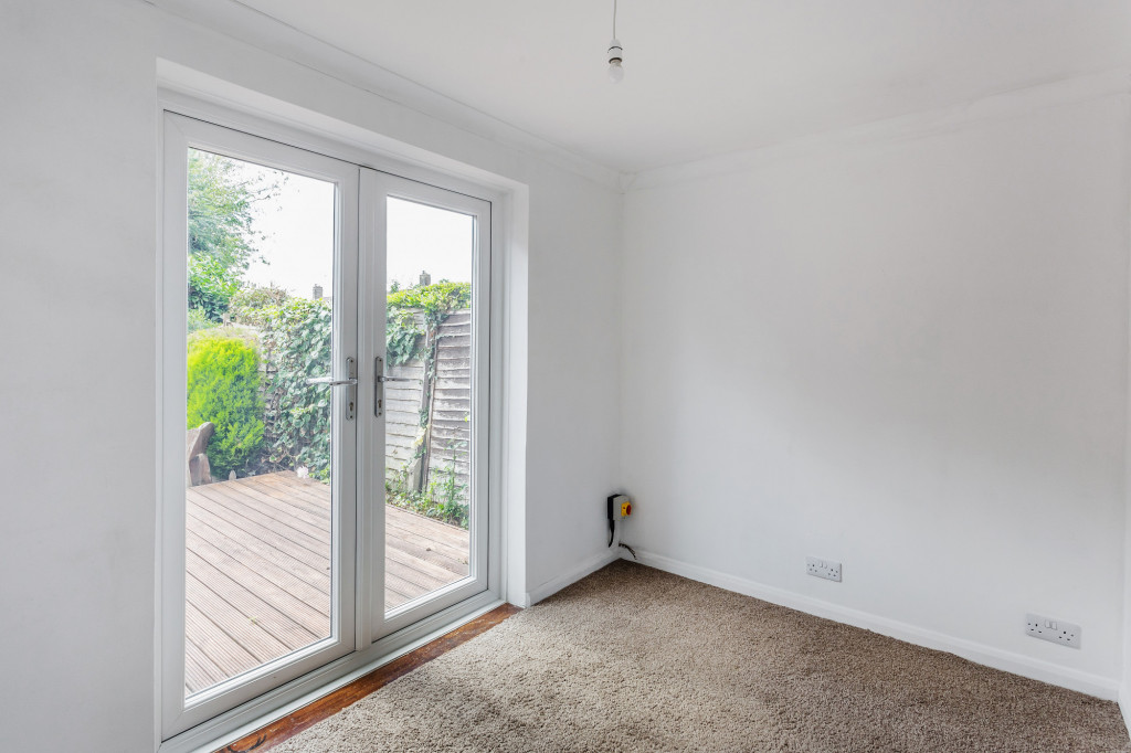 3 bed terraced house to rent in  Sullington Mead,  Horsham, RH12 3