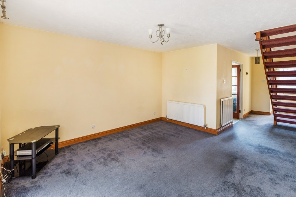 2 bed terraced house for sale in  Nursery Close,  Dorking, RH5  - Property Image 4