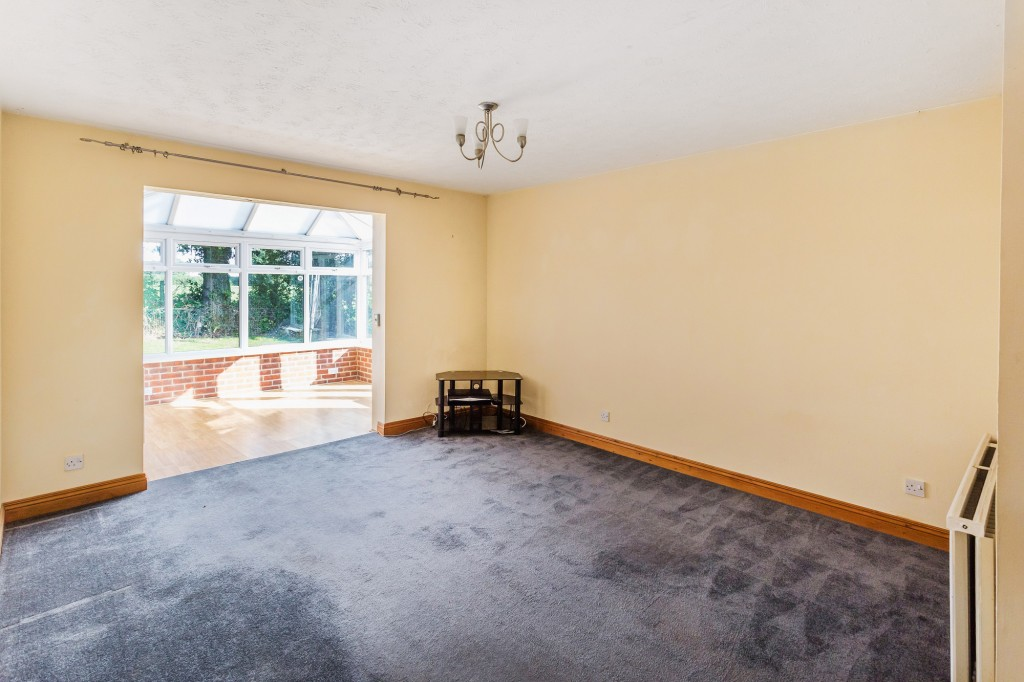 2 bed terraced house for sale in  Nursery Close,  Dorking, RH5 5