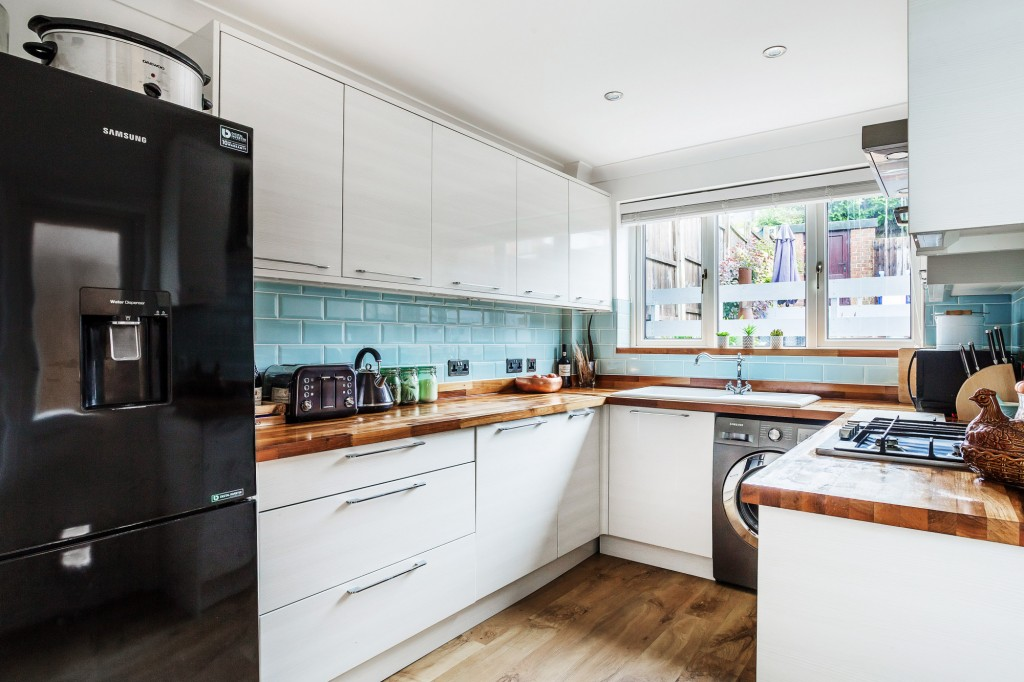 3 bed terraced house for sale in  Holmesdale Road,  Dorking, RH5 2