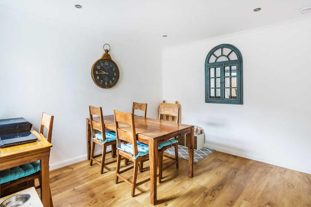 3 bed terraced house for sale in  Holmesdale Road,  Dorking, RH5 6