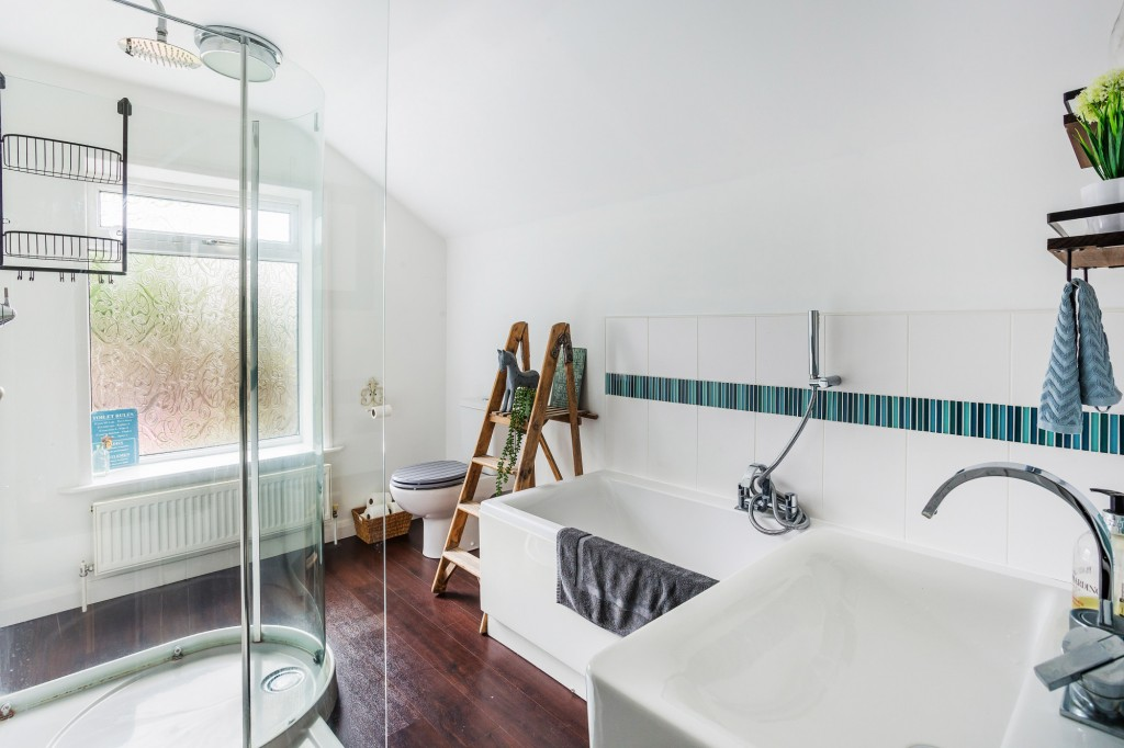 3 bed terraced house for sale in  Holmesdale Road,  Dorking, RH5 10