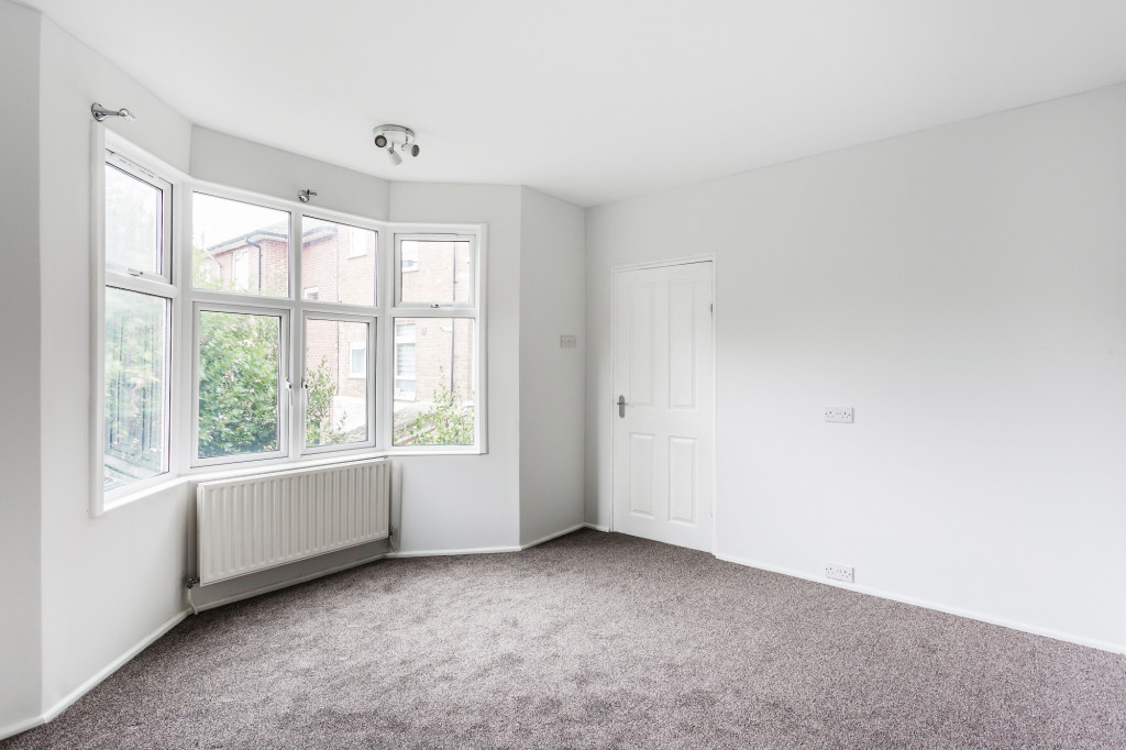 2 bed apartment to rent in  Falkland Road,  Dorking, RH4, RH4