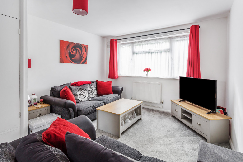 2 bed apartment for sale in  Holmesdale Road,  Dorking, RH5 2