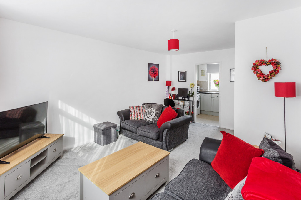 2 bed apartment for sale in  Holmesdale Road,  Dorking, RH5 3