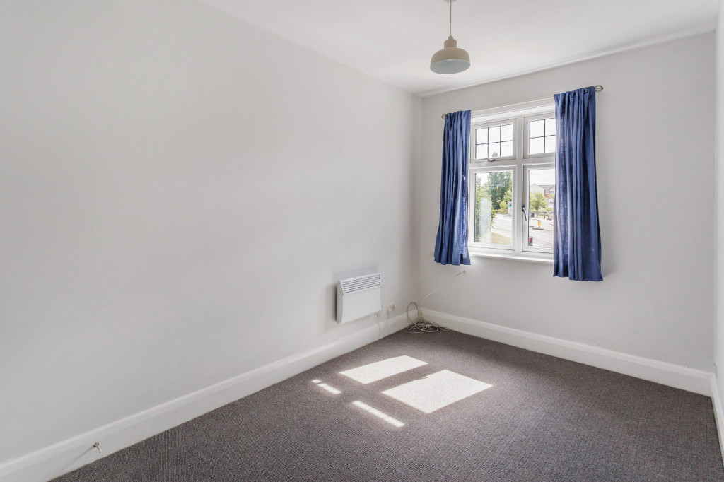 1 bed flat to rent in Galsworthy House High Street,  Dorking, RH4 4