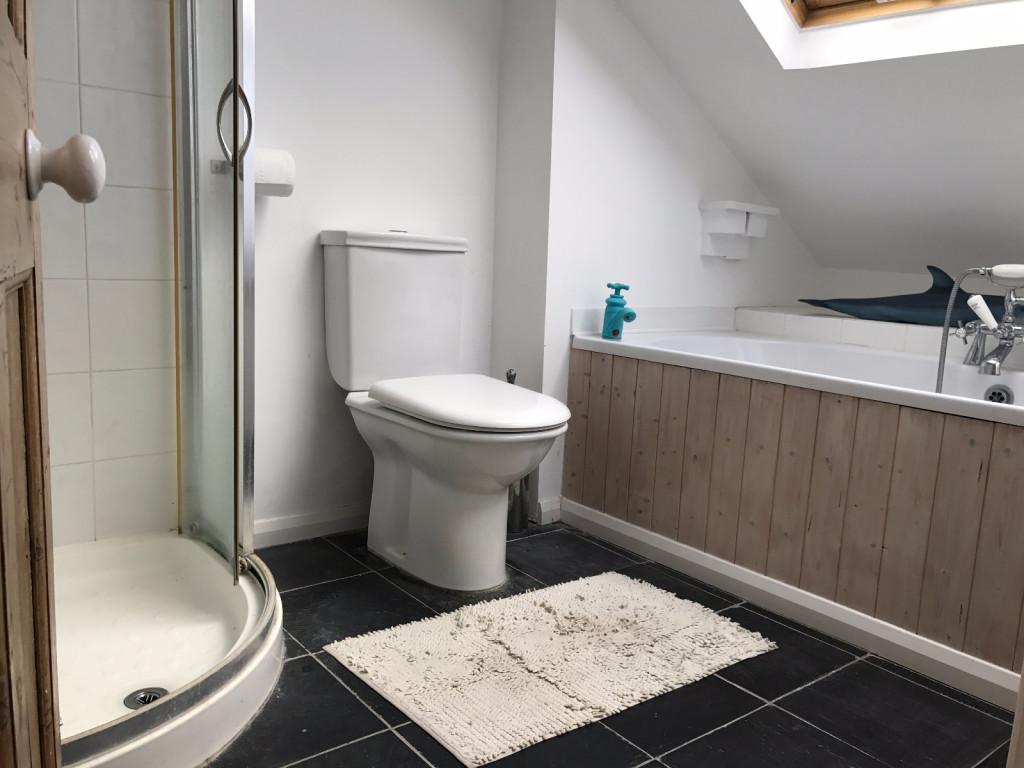 3 bed semi-detached house to rent in Oakdene Road Brockham, Brockham, Betchworth, RH3 5