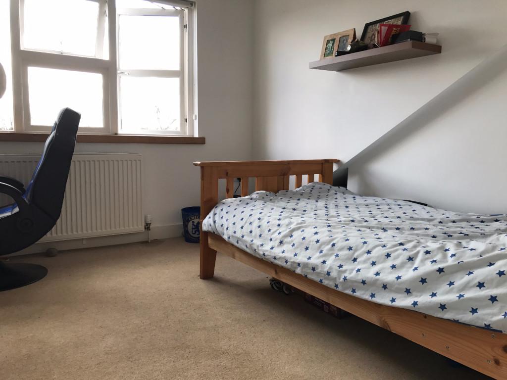 3 bed semi-detached house to rent in Oakdene Road Brockham, Brockham, Betchworth, RH3 7