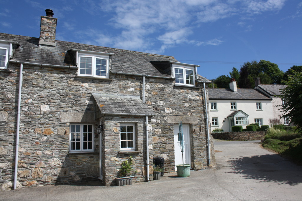 Two bed house to rent in Lower Townlake Farm, Tavistock, PL19
