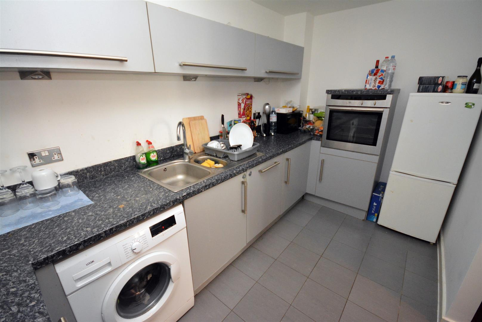 2 bed apartment for sale in Watkiss Way, Cardiff 1