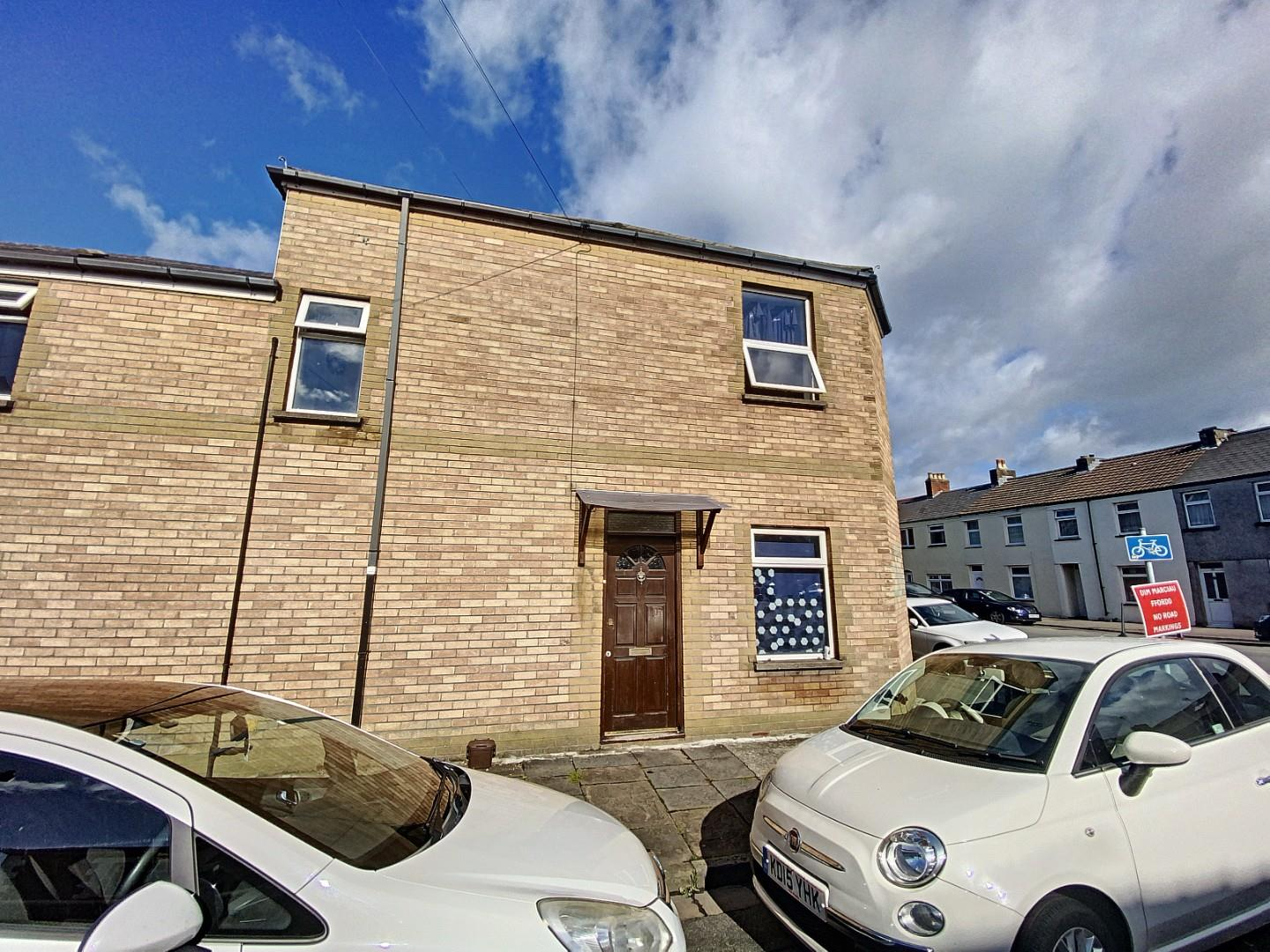 6 bed private halls to rent in Cathays Terrace, Cardiff, CF24