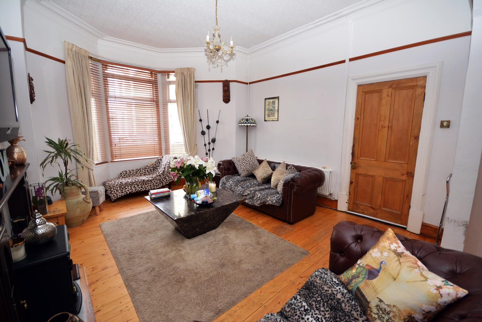 5 bed end of terrace house for sale in Claude Road, Cardiff 11
