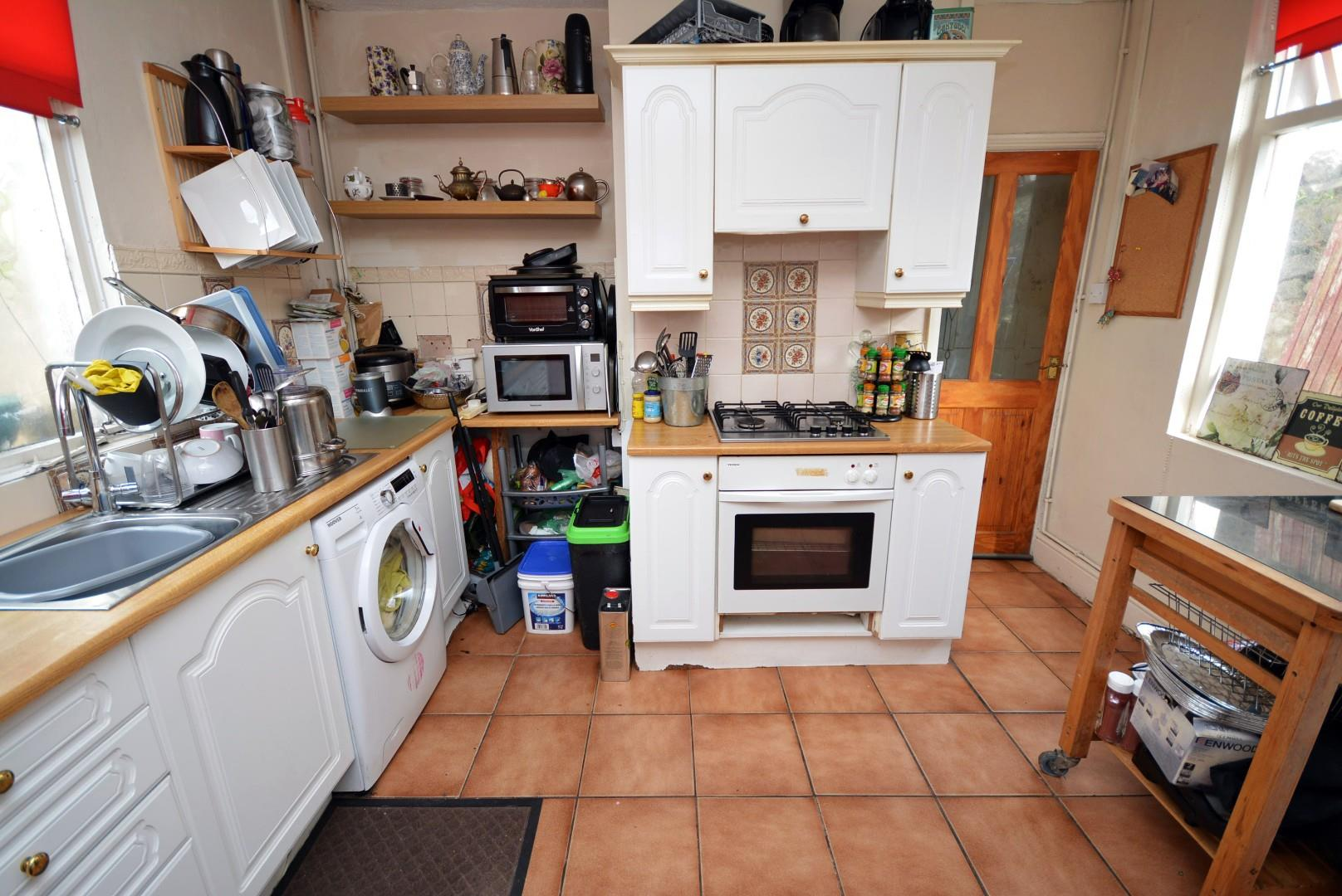 5 bed end of terrace house for sale in Claude Road, Cardiff 15