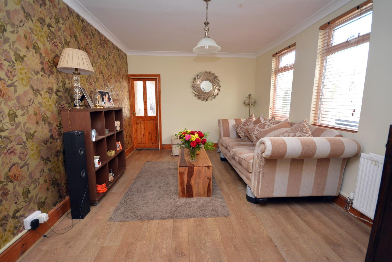 5 bed end of terrace house for sale in Claude Road, Cardiff 16