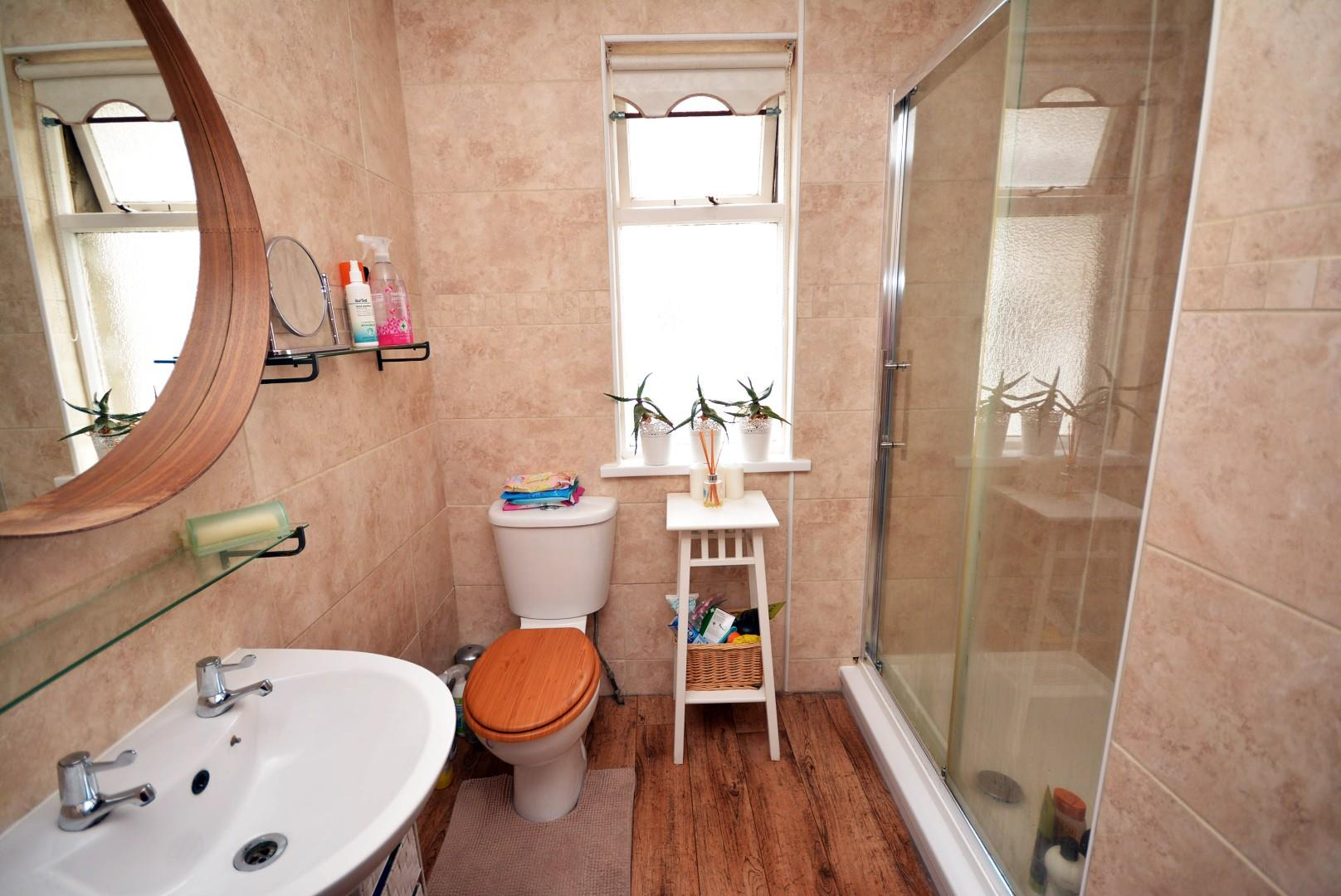 5 bed end of terrace house for sale in Claude Road, Cardiff 20