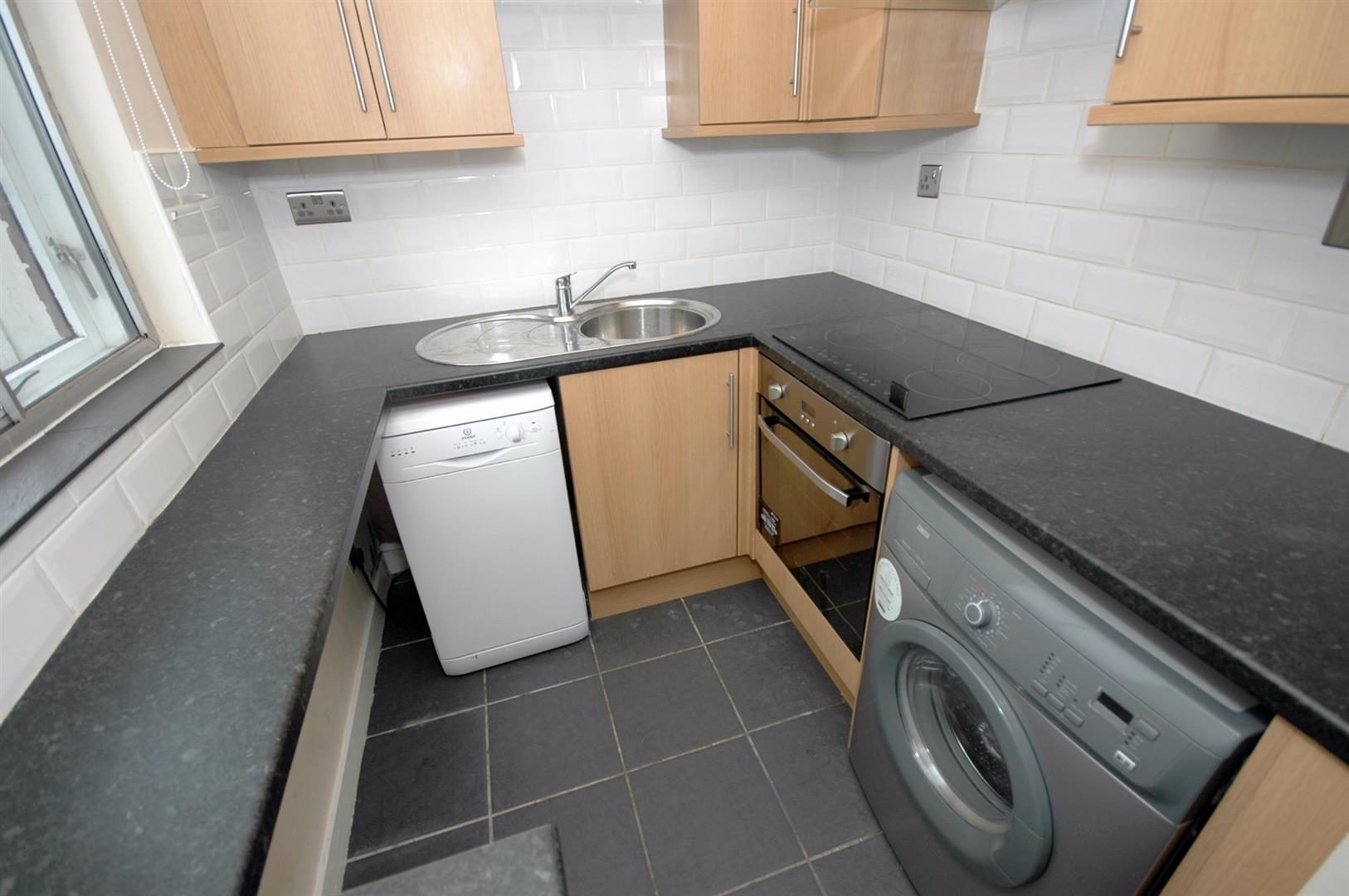 1 bed flat to rent in Harlequin Court, Cardiff, CF24