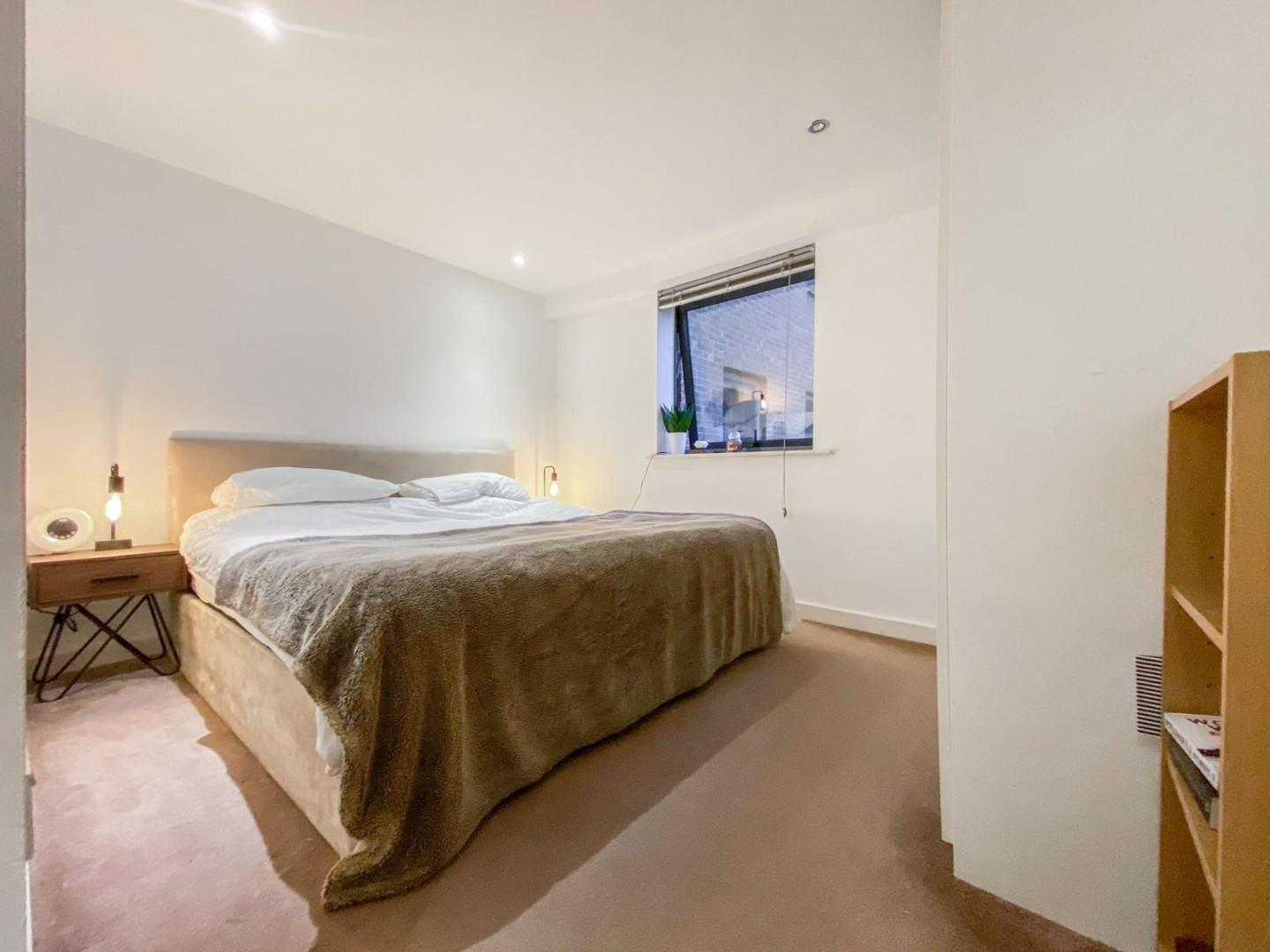 2 bed apartment for sale in Atlantic Wharf, Cardiff 4