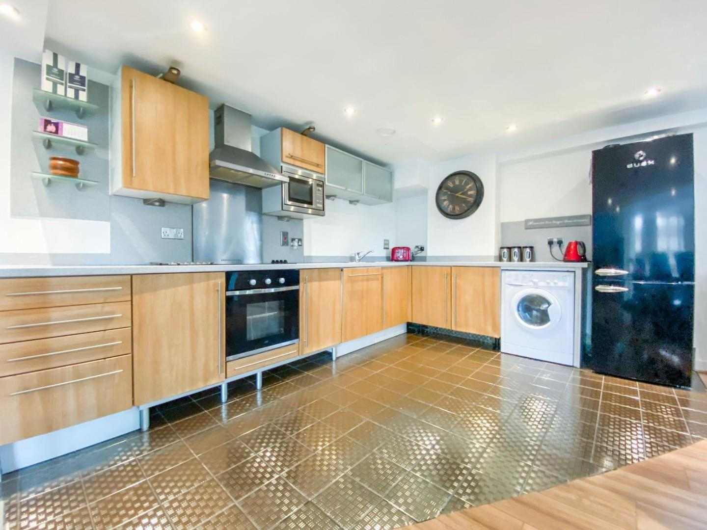 2 bed apartment for sale in Atlantic Wharf, Cardiff 1