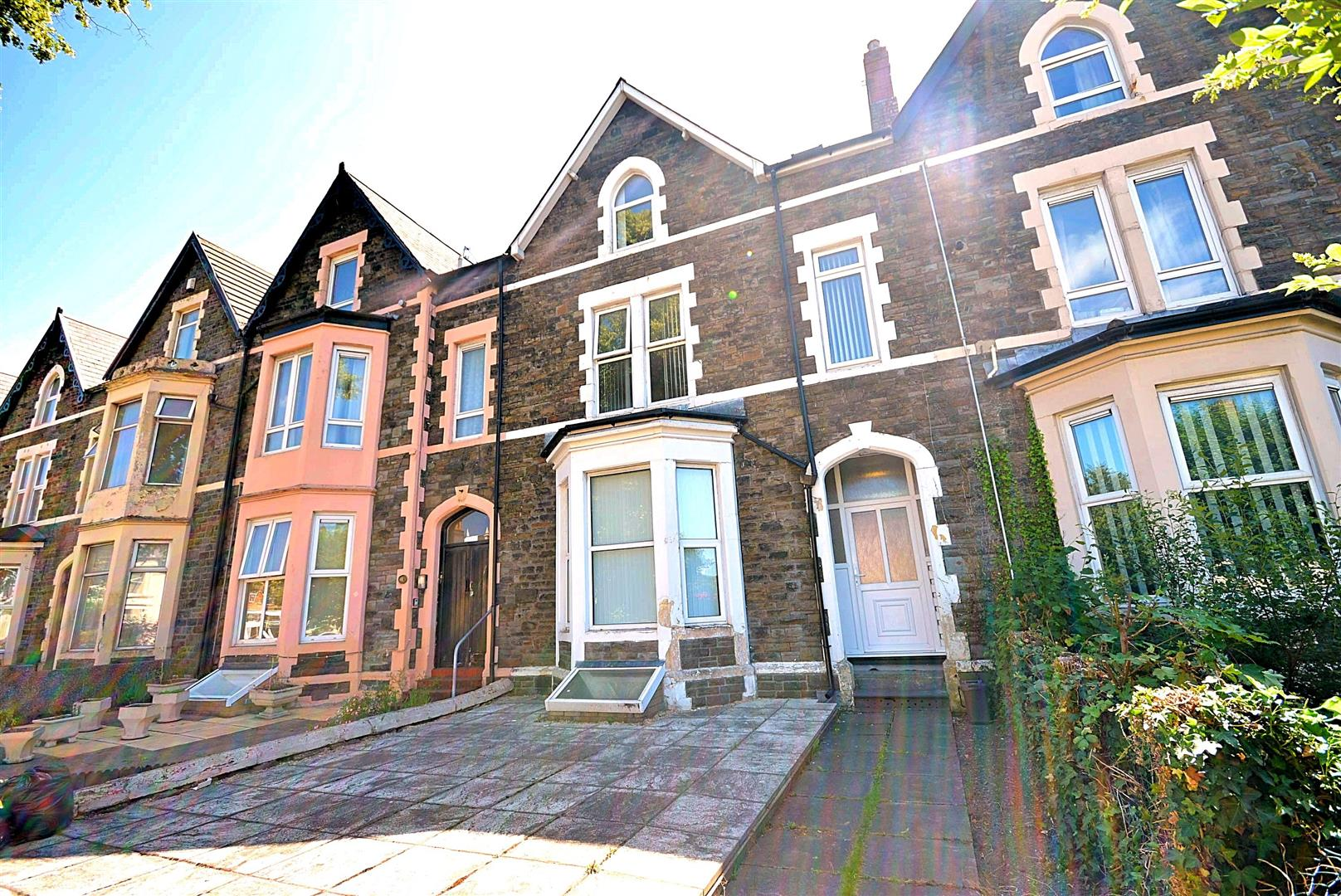5 bed terraced house for sale in Newport Road, Cardiff, CF24