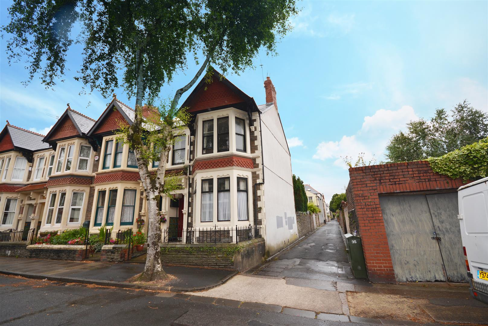 2 bed apartment to rent in Kelvin Road, Cardiff  - Property Image 1