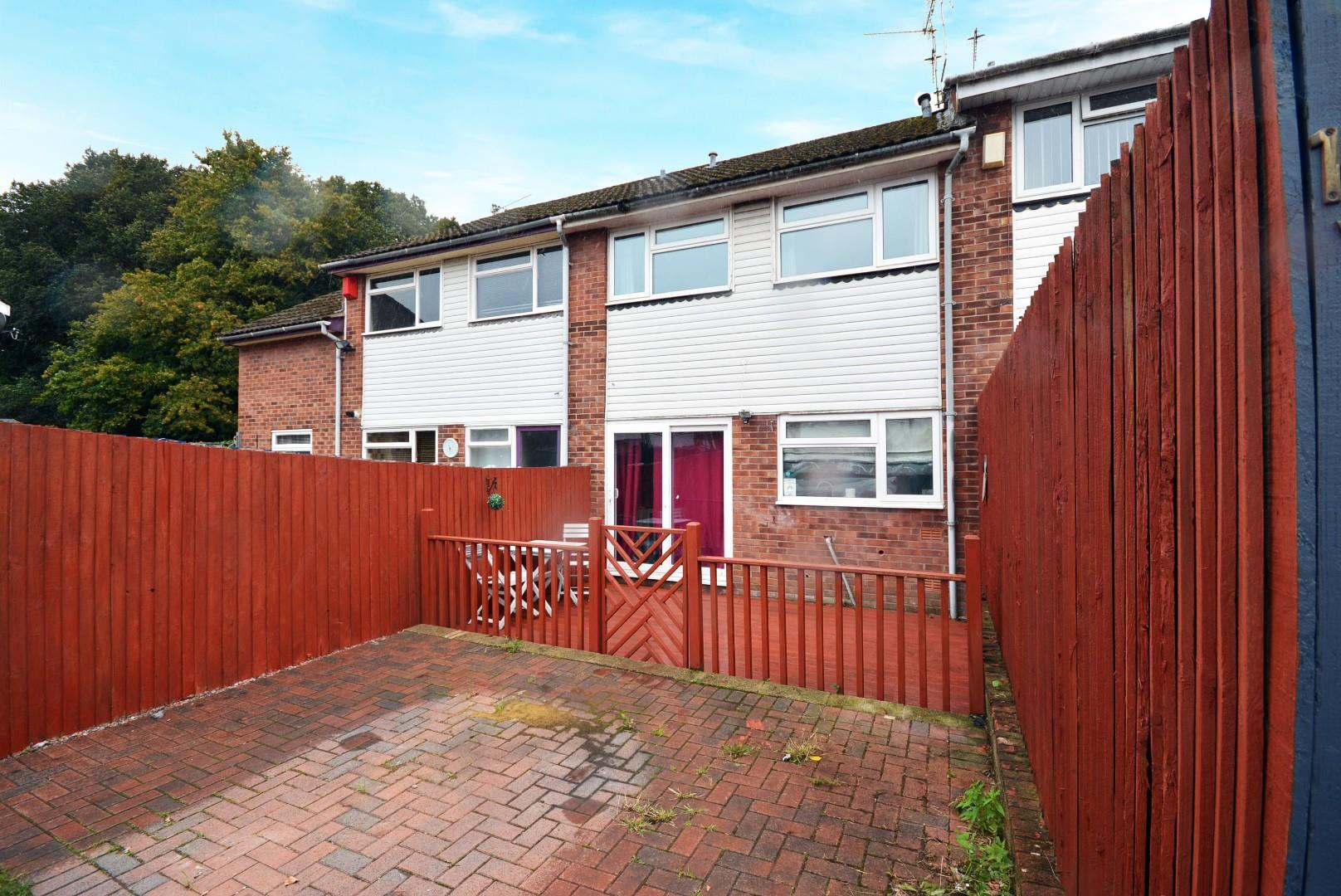 3 bed terraced house for sale in The Hawthorns, Cardiff - Property Image 1