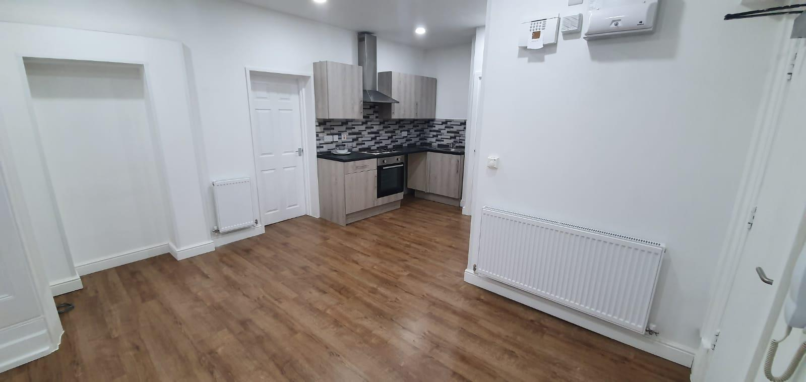1 bed flat to rent in Newton Road, Staffordshire - Property Image 1
