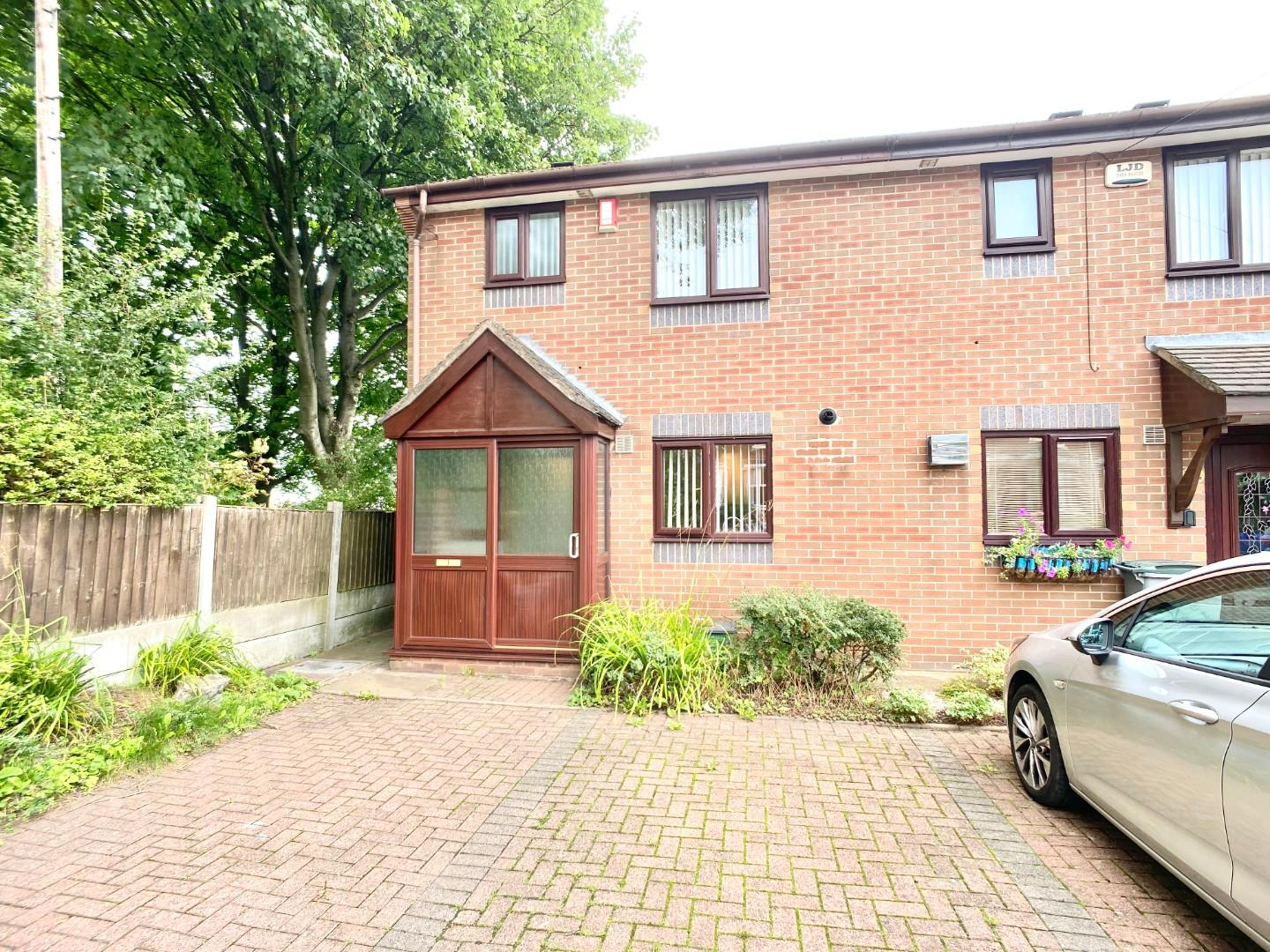 3 bed end of terrace house to rent in Victoria Street, Staffordshire  - Property Image 1