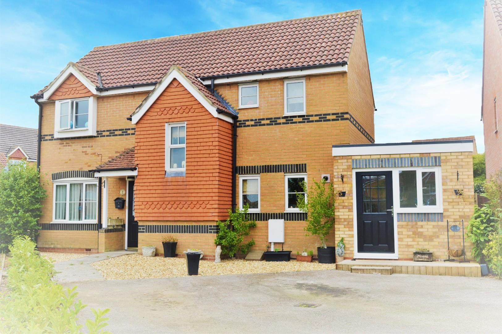 5 bed detached house for sale in Springfield Road, Northamptonshire, NN10