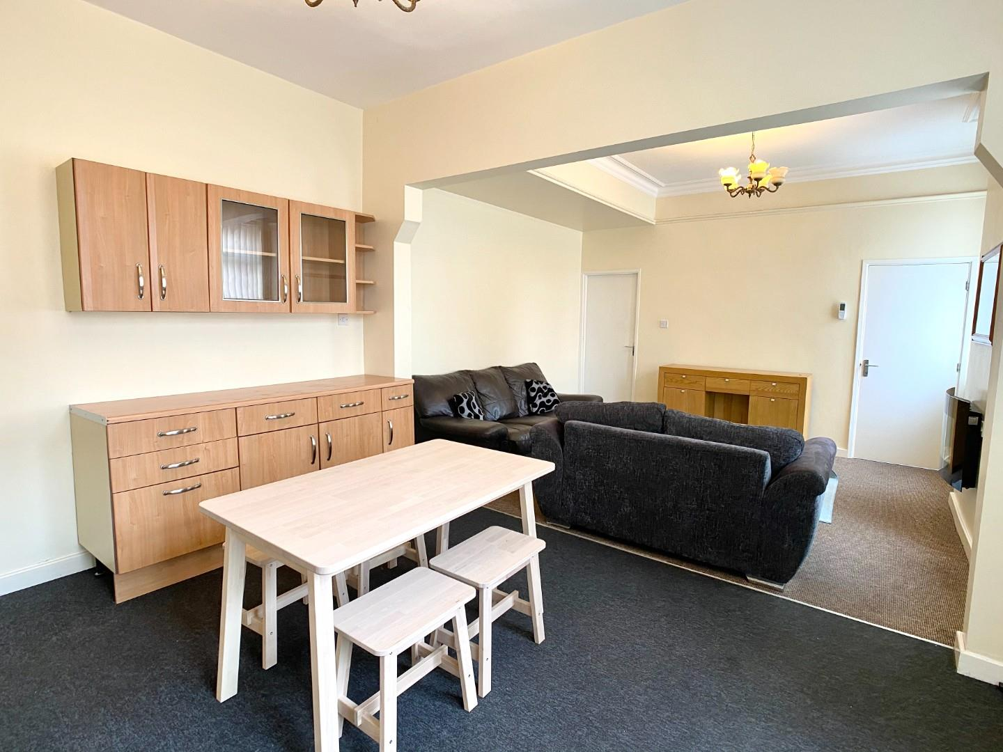 3 bed private halls to rent in Ashfields New Road, Newcastle, ST5